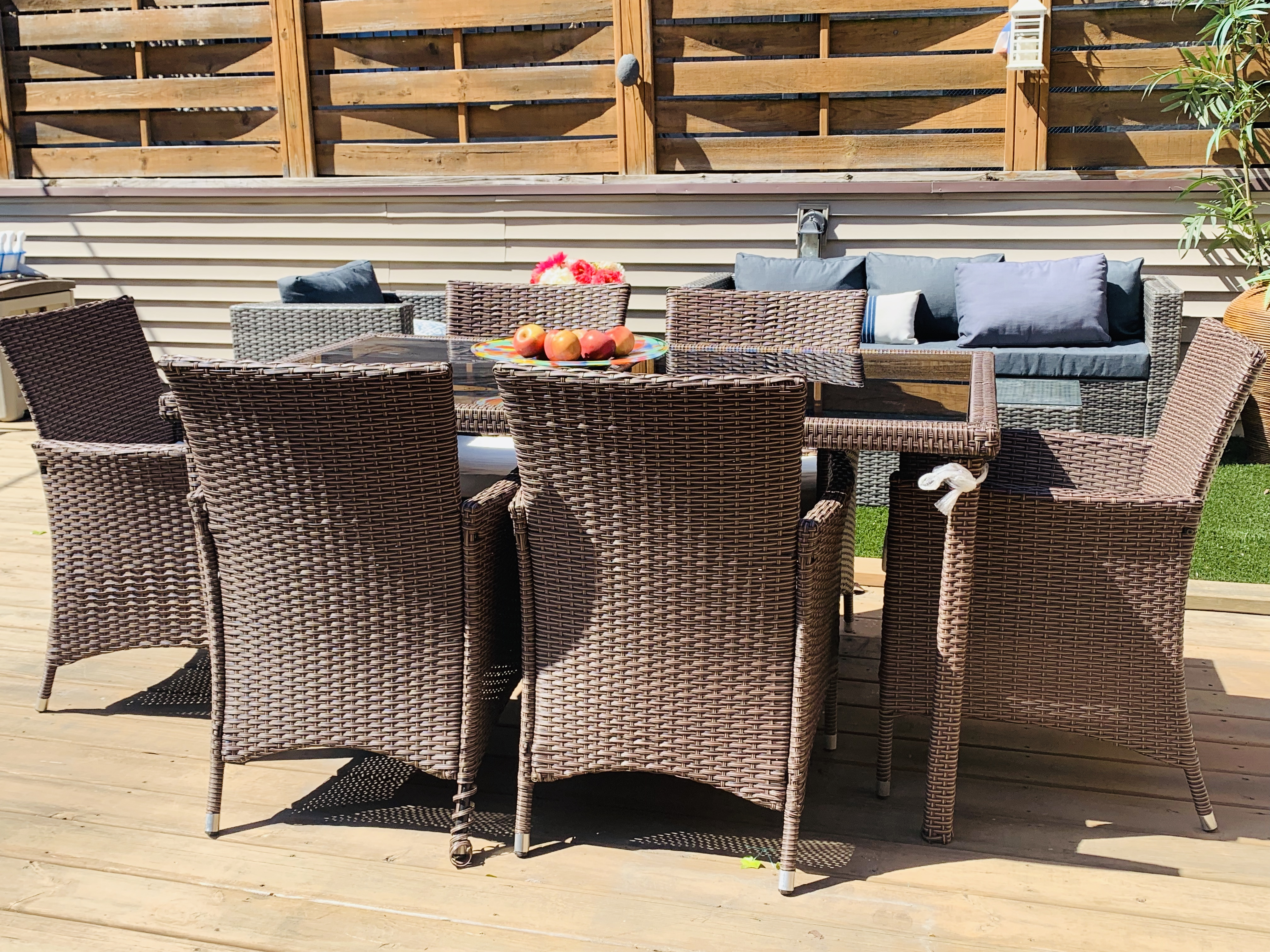 Rent Patio Outdoor Dining Set - River North 2
