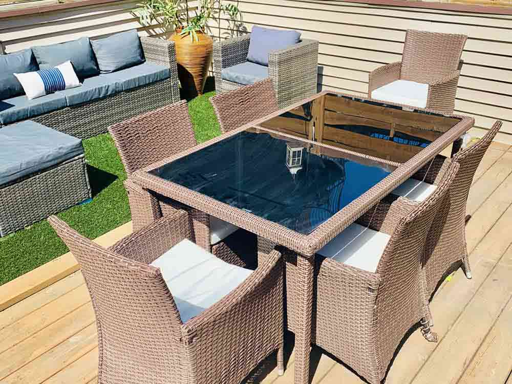 Rent Patio Outdoor Dining Set - River North 3