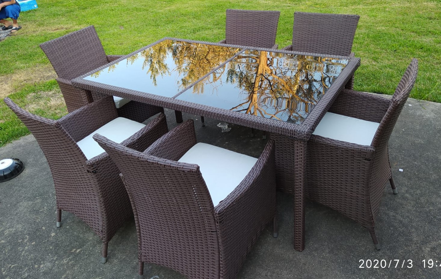 Rent Patio Outdoor Dining Set - River North 4