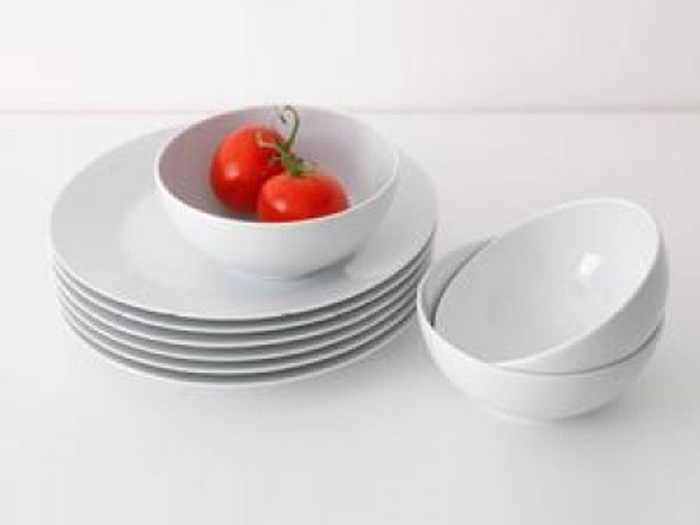 Dinnerware Set 1
